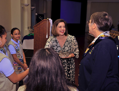 Heather Whitestone meets girls scouts and council members