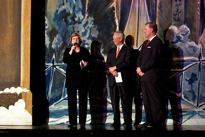 Dec 3, 2010 Just prior to curtain for The Nutcracker, Marilyn announces the GSGATL's partnership with the Atlanta Ballet