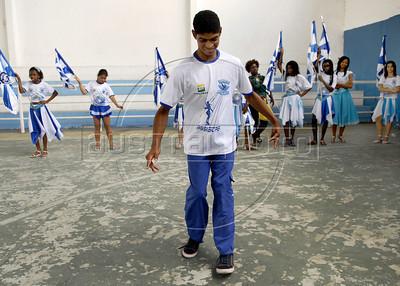 BEIJA FLOR MIRIM-  Crianca discapacitada da ala mirim da Escola de samba Beija Flor de Nilopolis ensaia no ginasio, Rio de Janeiro, Brazil, Janeiro 21, 2012. (Austral Foto/Renzo Gostoli)