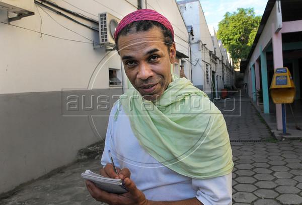 FLUPP - Marcio Januario, participante do FLUPP no Centro Cultural Cartola, Mangueira, Rio de Janeiro, Brasil, Junho 30, 2012.  (Austral Foto/Renzo Gostoli)