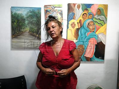 CAIS DA IMPERATRIZ-  Ana Maria de la Merced explica detalhes sobre a descoberta do Cemiterio dos Pretos Novos, Rio de Janeiro, Brasil, Marco 28, 2011.  (Austral Foto/Renzo Gostoli)