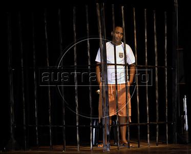 """TEATRO PM:  """"O preço de uma escolha"""" - Cena da peca; Cabo Fonseca, Rio de Janeiro, Brasil, Novembro 15, 2011.  (Austral Foto/Renzo Gostoli)"""