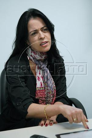MUTIRAO NO FORUM DE NVA. IGUACU PARA REGISTRO DE INDOCUMENTADOS - Juíza Raquel Chrispino, entrevistada, Forum de Nova Iguacu, Rio de Janeiro, Brasil, Outubro 17,2011. (Austral Foto/Renzo Gostoli)