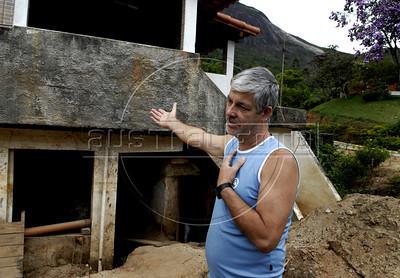 NOVA FRIBURGO UM ANO DEPOIS -  Cimei Daniel, dono de lanchonete, teve a casa destruida pelas enchentes de 2011, Nova Friburgo, Rio de Janeiro, Brazil, Janeiro 26, 2012. (Austral Foto/Renzo Gostoli)