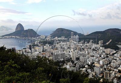 TRILHAS-  Santa Marta. Botafogo e Pao de Acucar vistos do Mirante de Dona Marta, Rio de Janeiro, Brasil, Junho 4, 2011.  (Austral Foto/Renzo Gostoli)