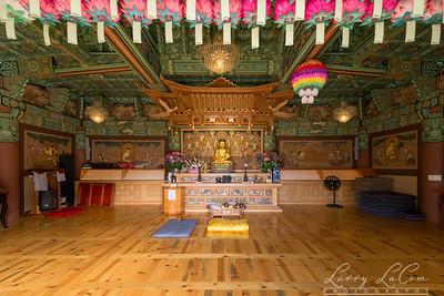 Inside the Buddha Hall
