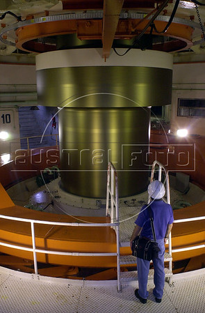 A workers looks at a giant spinning axel, which generates electricity, at the Binational Itaipu Hydroelectric plant in Foz do Iguacu, Brazil, and Ciudad del Este, Paraguay.(Douglas Engle/Australfoto)