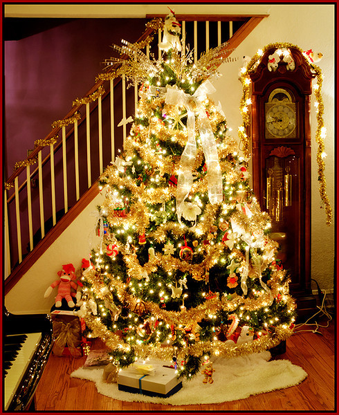 Marie Rakoczy - Christmas Tree