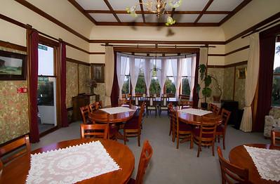 Large dining room Bushy Park  --- Paul Willyams Photography