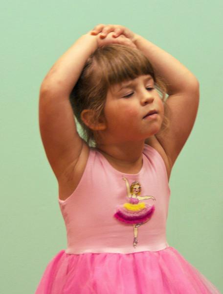 tom vincent Annie- Ballerina