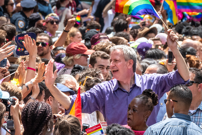 NYC Mayor de Blasio and wife at Pride march in New York City