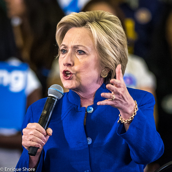 Hillary Clinton addresses campaign rally