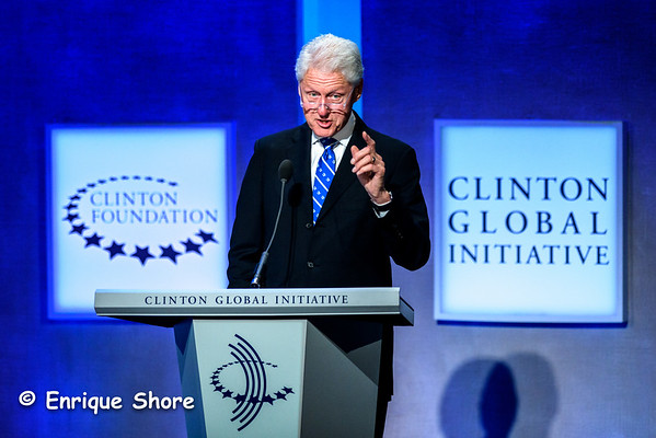 Bill Clinton addresses Clinton Global Initiative