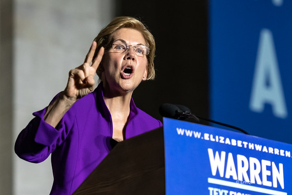 Democratic Presidential candidate Elizabeth Warren addresses campaign rally, New York, USA