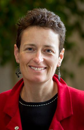 Petra Lewis