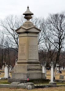 Gravesite of former Connecticut Governor William Buckingham