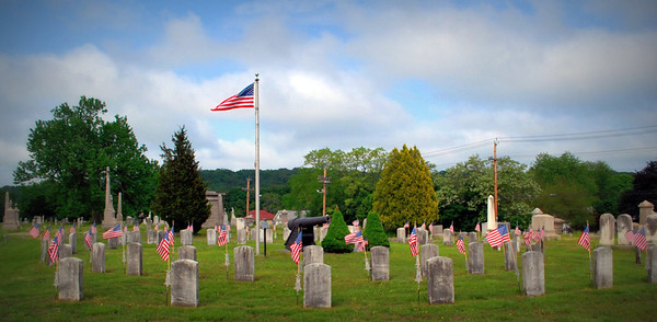 Veterans Graves at the Andersonville Gun Memorial