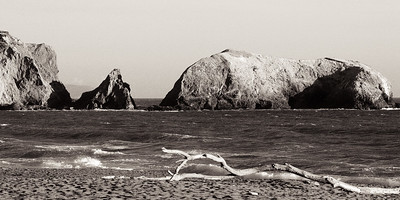Pacific & Weathered Rocks - San Fransisco, CA