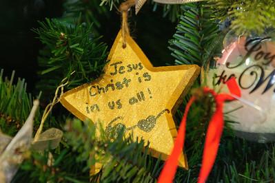 20151215 Faith Formation Christmas Tree-6081