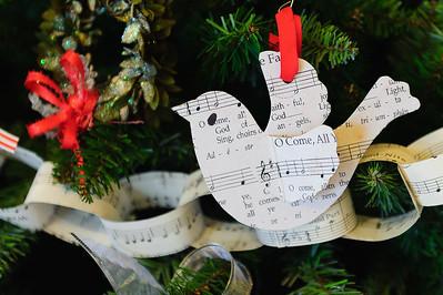 20151215 Faith Formation Christmas Tree-6110
