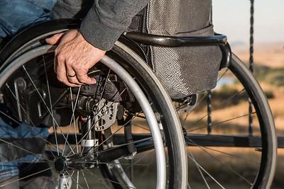 wheelchair-749985_1920