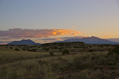 Looking south towards Sunset Crater and the San Francisco Peaks.  Lovely!