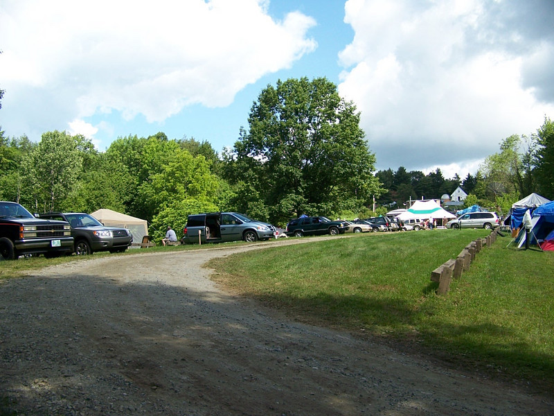 Cars and people begi to camp at the 2008 Stellafane convention.