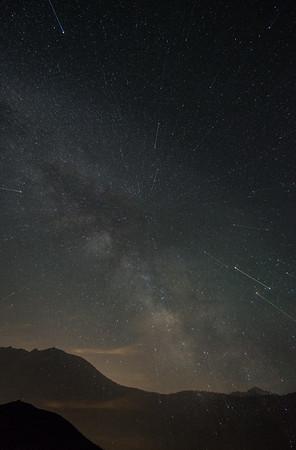 Frankieboy Photography    Vortex Star Trails   Rocky Mountain National Park Colorado