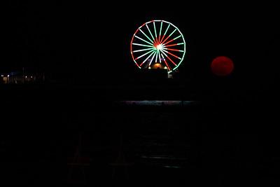 Galveston_Super-Moon_Rising_Red_Moon_D75_1050