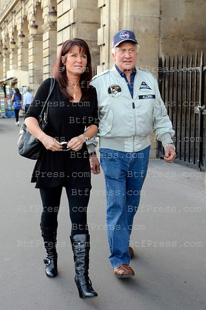 EXCLUSIVE___ Nasa Astronaut Bizz Aldrin was the guest of a new show call Vendredi sur un Plateau in Paris on France 3 by Cyril Viguier. Astronaut Buzz Aldrin visits Maxim's restaurant with his assistant.