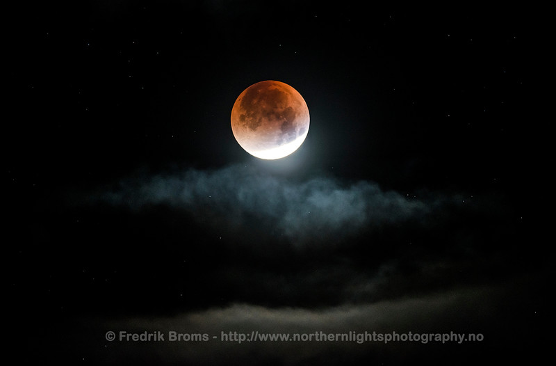 Total Lunar Eclipse of Sept 2015 - Supermoon Eclipse, Norway