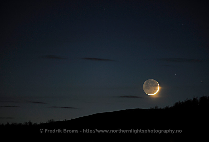 Crescent Moon with Earthshine, Norway