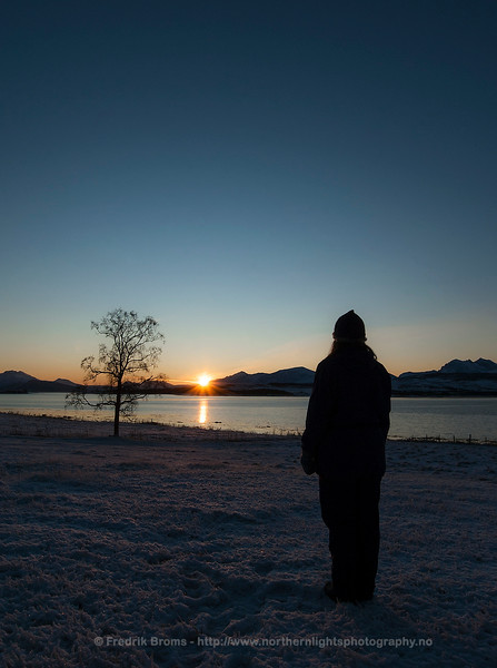 The Last Sunset before Polar Darkness