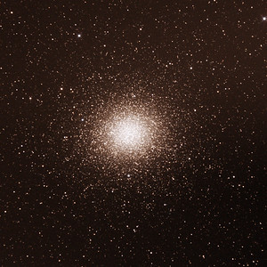 Caldwell C80 - NGC5139 - Omega Centauri Globular Cluster - 24/2/2017 (Processed cropped stack)