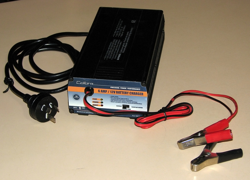 """12V Battery Charger - Acquired 12/12/2010<br /> <br /> Making a change from a 18Ahr """"Jump Starter"""" to a spare car battery at this time meant I needed a battery charger, so this was it. <br /> <br /> Calibre 12V Battery Charger $79.97 SuperCheap Auto 12/12/2010"""