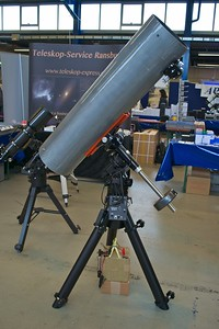 Newton telescope on a Losmandy G11