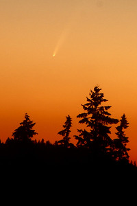Jayson's final image also taken Jan 11, 2007. The Great Comet of 2007.  Great job Jayson !! Thanks so much for sharing this with us!!