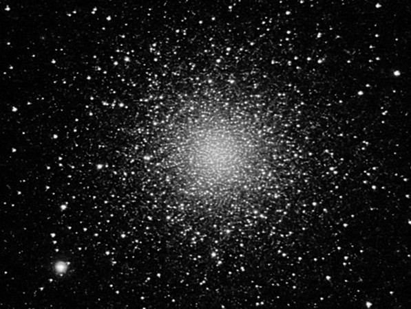 Globular  cluster M3<br /> <br /> Instrument: C11 f/6.3 on Gemini G41 + ccd SXV-H9 <br /> Exposures: 36x120'' (2x2), filter IR-cut.