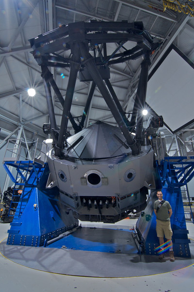 Telescope with the primary mirror closed off.