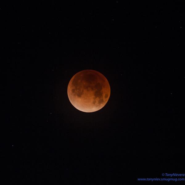 IMAGE: https://photos.smugmug.com/Astronomy/Lunareclipse-Jan-31-2018/i-bw6dqVn/0/0ebb7e46/L/IMG_2659-L.jpg