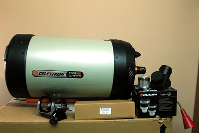 Celestron C11 HD f/10 with it's accessories.