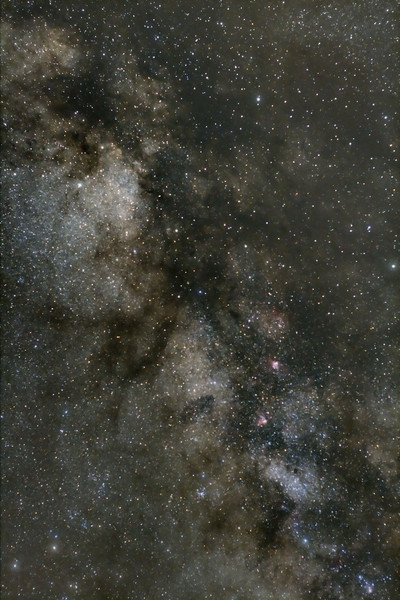 A simple lens and 5 minute exposure....<br /> Canon XS Digital Rebel camera with $90 50mm Canon lens @ f4.5 and 800 ISO single 5 minute exposure from shore of L Ontario at Grafton.<br /> 3 am...the return of the Milky Way...<br /> By Lynn Hilborn, May 11, 2010