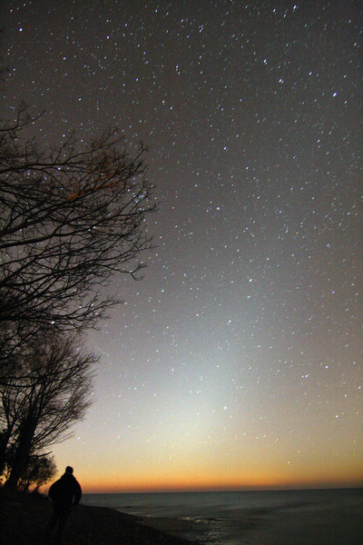 5:45 am Zodiacal light...Hilborn beach, Grafton Ontario...f4.0 76 sec 1600 ISO 12mm Canon Xs...morning following 2 all-nighters