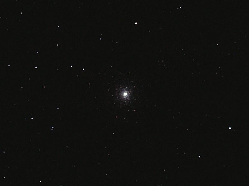 Caldwell 73 - NGC1851 Columba Globular Cluster - 19/11/2011 (Processed stack)