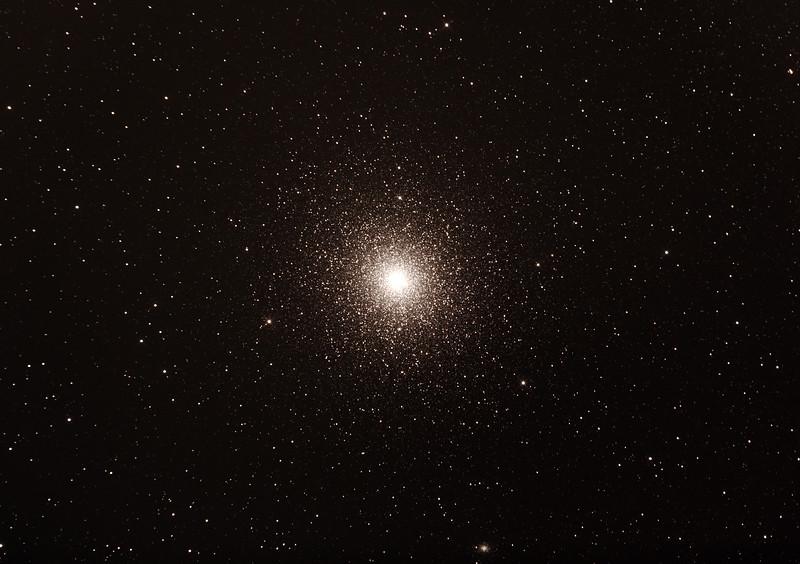 Caldwel C106 - NGC104 - 47 Tucanae Globular Cluster in Tucana - 16/10/2015 (Processed cropped stack)