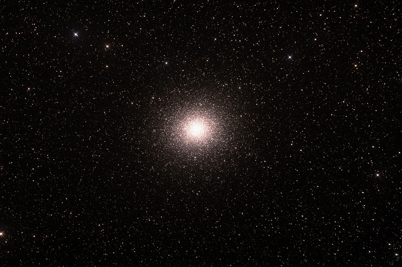 Caldwell 80 - NGC5139 - Omega Centauri Globular Cluster - 21/2/2015 (Processed stack)