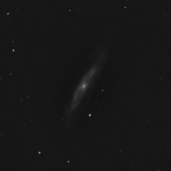 M98 - NGC4192 - Spiral Galaxy in Coma Berenices - 21/4/2019 (Processed Cropped Mono stack)