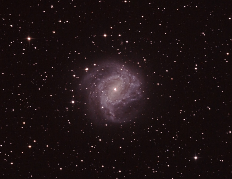 Messier M83 - NGC5236 - Southern Pinwheel Galaxy - 19/5/2012 (Processed and cropped stack)