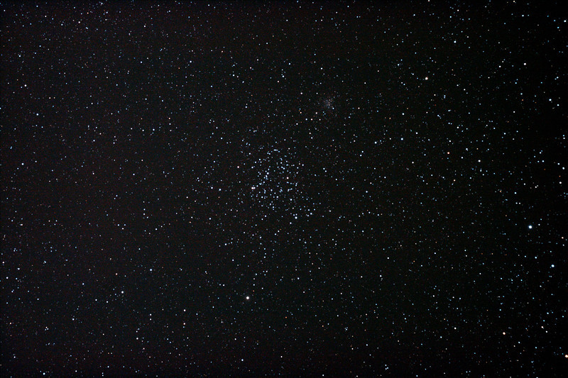 Messier M35 - NGC2168 and NGC2158 - Open Clusters in Gemini 19-11/2011 (Reprocessed stack)