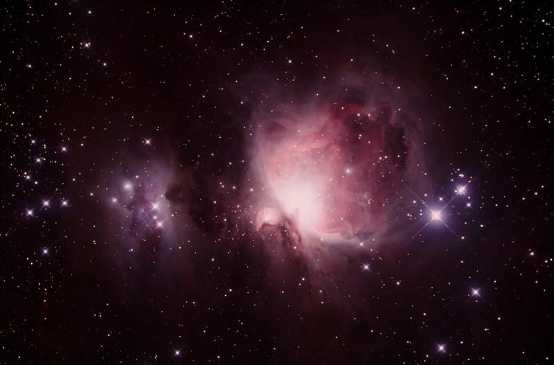Messier M42 - NGC1976 Orion Nebula and NGC1977 Running Man Nebula - 25/9/2014 (Processed stack)